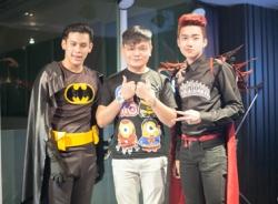 Trịnh Tú Trung dự dạ tiệc Halloween cùng dàn hot boy Thái Lan