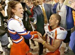 Những màn cầu hôn lãng mạn trong làng thể thao