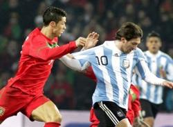 Cuộc đua kỷ lục giữa Ronaldo và Lionel Messi