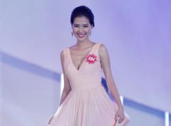 Hoa hậu Việt Nam 2014 bị tố có thí sinh từng phẫu thuật thẩm mỹ