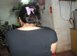 Bé gái bị chồng bảo mẫu giở trò đồi bại trong nhà giữ trẻ