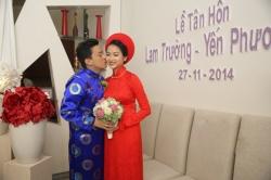 Trực tiếp: Yến Phương xinh đẹp, rạng rỡ bên cạnh Lam Trường