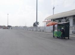 Vắng bóng 'phe vé' trước trận Việt Nam - Philippines