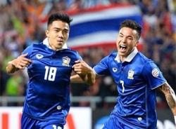 Hạ Philippines 3-0, Thái Lan đoạt vé vào chung kết AFF Suzuki Cup 2014
