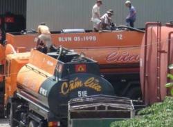 Cận cảnh thủ đoạn rút ruột xăng dầu ở Nghệ An