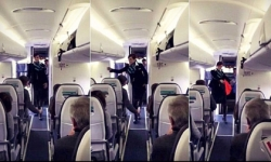 Nữ tiếp viên hàng không nhảy cực sôi động trên máy bay