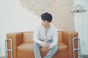 Nathan Lee điển trai và phong cách trong bộ hình mới