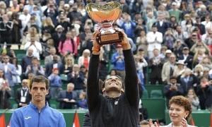 Rafa Nadal, tay vợt đầu tiên trong lịch sử vô địch 10 lần một giải đấu