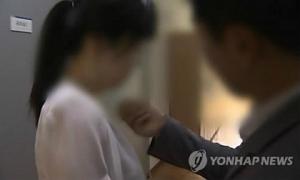 Hàng loạt nữ thực tập sinh Hàn Quốc bị cưỡng hiếp khi theo đuổi giấc mơ nổi tiếng
