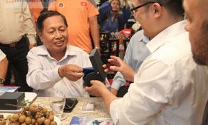 Flores đấu Huỳnh Tuấn Kiệt: Mang theo người đặc biệt nếu bị điện giật