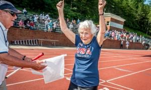 5 bài học cuộc sống từ cụ bà 101 tuổi phá kỷ lục thế giới: chạy 100m chỉ mất 40.12 giây