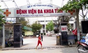 8 người chết khi chạy thận: Giám đốc Bệnh viện Đa khoa tỉnh Hoà Bình bị cách chức 1 năm