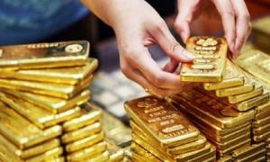 Giá vàng hôm nay 12.8 Tiếp tục tăng mạnh phiên cuối tuần