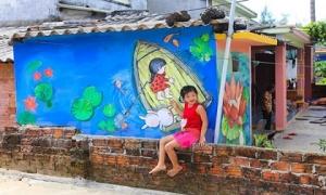 Chiêm ngưỡng ngôi làng bích hoạ, vô cùng độc đáo ngay tại Việt Nam
