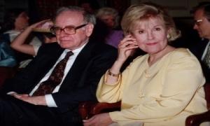 Warren Buffett không thể thành công nếu thiếu 3 người này