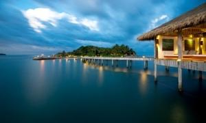 Choáng ngợp 10 khu nghỉ dưỡng trên mặt nước đẹp không kiểm soát