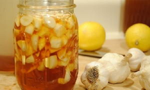 Tỏi ngâm mật ong - chữa được nhiều bệnh còn hiệu quả hơn cả thuốc