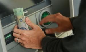 Các chiêu tiết kiệm chi phí giao dịch qua ATM