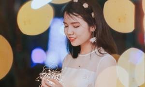 Bài viết chia tay tuổi học trò lấy nước mắt toàn trường của cô bạn Nghệ An từng đạt giải Nhất học sinh giỏi quốc gia môn Văn