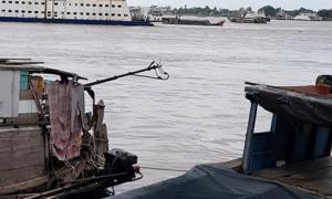 Tìm thấy thi thể đại úy công an mất tích sau vụ ca nô lao vào sà lan