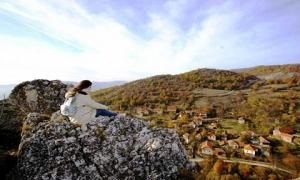 Quê hương đẹp như tranh của các chiến binh Serbia khiến du khách trầm trồ