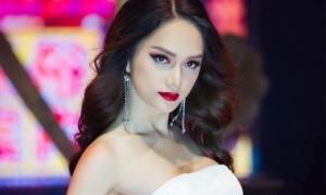 Lời nguyền hoa hậu không tha Hương Giang Idol khi 4 tháng đăng quang là 4 tháng ê chề thị phi