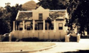 Có gan mấy cũng chưa chắc dám tới những địa điểm ma quái nổi tiếng nhất Nam Phi này
