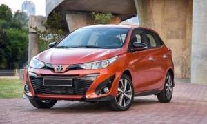 Lượng ô tô con nhập về Việt Nam cao ngất ngưởng với giá 'siêu mềm'