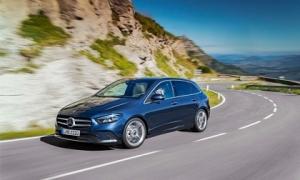 Những thói quen lái xe giúp tiết kiệm nhiên liệu không ngờ