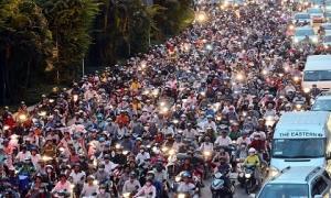 Thu nhập 500 triệu: Thừa tiền mua ô tô vẫn phải đi xe máy