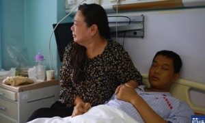 Mẹ khóc nức nở khi con trai 28 tuổi mắc… 16 loại bệnh vì thói quen nhiều người cũng mắc