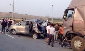 TAND Cấp cao hủy 2 bản án vụ xe container tông Innova lùi trên cao tốc để điều tra lại