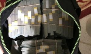 Phát hiện 'bí mật' trị giá 174 tỷ đồng bên trong chiếc tủ cũ được mua bằng 500 USD
