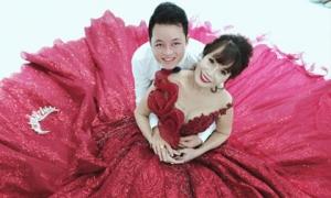 Cô dâu 62 tuổi khoe ảnh cưới lộng lẫy lần 2 ở Đà Nẵng