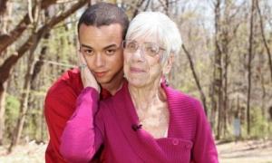 Cụ bà 91 tuổi cảm thấy hãnh diện và được tái sinh khi yêu trai trẻ 31 tuổi suốt 5 năm