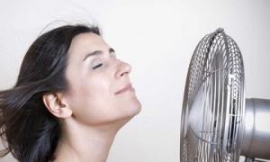 Nắng nóng nhớ tránh xa 8 kiểu làm mát tưởng tốt hóa ra lại cực hại, đột tử lúc nào không biết