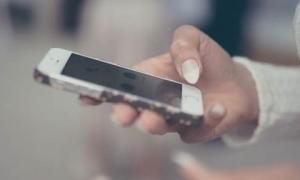 3 bệnh rất dễ gặp nếu dùng điện thoại di động quá nhiều