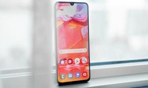 Top smartphone có màn hình 'siêu to khổng lồ' hàng đầu trên thị trường hiện nay