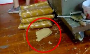 Phóng sự phơi bày điều kiện vệ sinh kinh hoàng tại các nhà máy sản xuất bánh Trung thu ở Trung Quốc