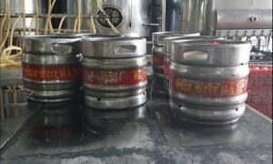 Phát hiện một cơ sở sản xuất bia có dấu hiệu giả mạo các thương hiệu
