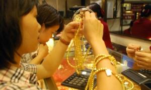 Giá vàng hôm nay 17/1: Vừa tăng cao, vàng 9999, vàng SJC lại ngập ngừng xuống giá
