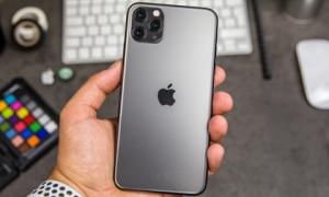 iPhone 11 Pro Max, Galaxy S10+ cùng loạt di động giảm giá mạnh gần Tết