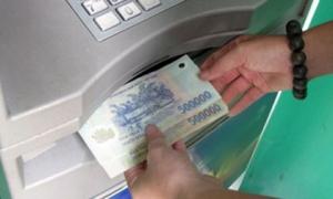 100 triệu trong tài khoản ngân hàng 'không cánh mà bay'