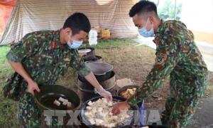 Chiến sĩ trong khu cách ly: 'Không biết ngày mai có bị lây bệnh không nhưng vẫn tận tâm vì cộng đồng'