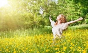 Những thói quen 'độc hại' vào buổi sáng ăn mòn nhan sắc, hủy hoại tinh thần của phụ nữ