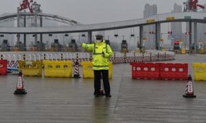 Trung Quốc bất ngờ phong tỏa 600.000 dân một huyện ở Hà Nam