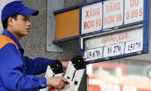 Giá xăng tăng trở lại sau 8 lần giảm liên tiếp?