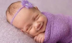 Trẻ có 3 dấu hiệu này khi ngủ chứng tỏ rất thông minh và đang phát triển tốt