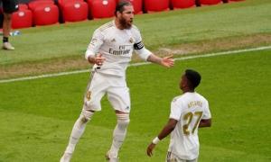 Ramos lại tỏa sáng, Real tạo khoảng cách 7 điểm với Barca