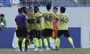 CLB Hà Nội không thắng 3 trận liên tiếp dù Hùng Dũng ghi bàn